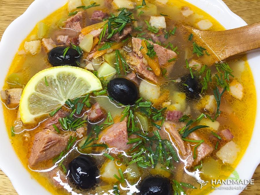 Солянка с колбасой и мясом – рецепт с фото пошагово